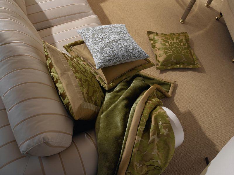 kissen sitzkissen stuhlkissen kopfkissen sofakissen gardinenstudio in biebesheim am rhein. Black Bedroom Furniture Sets. Home Design Ideas