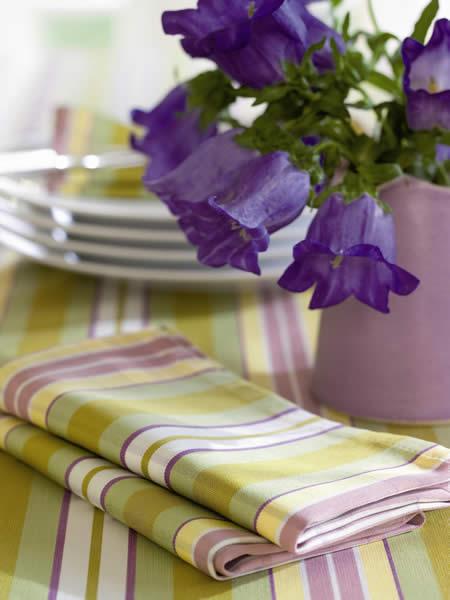tischw sche tischdecken platzdeckchen servietten aus. Black Bedroom Furniture Sets. Home Design Ideas